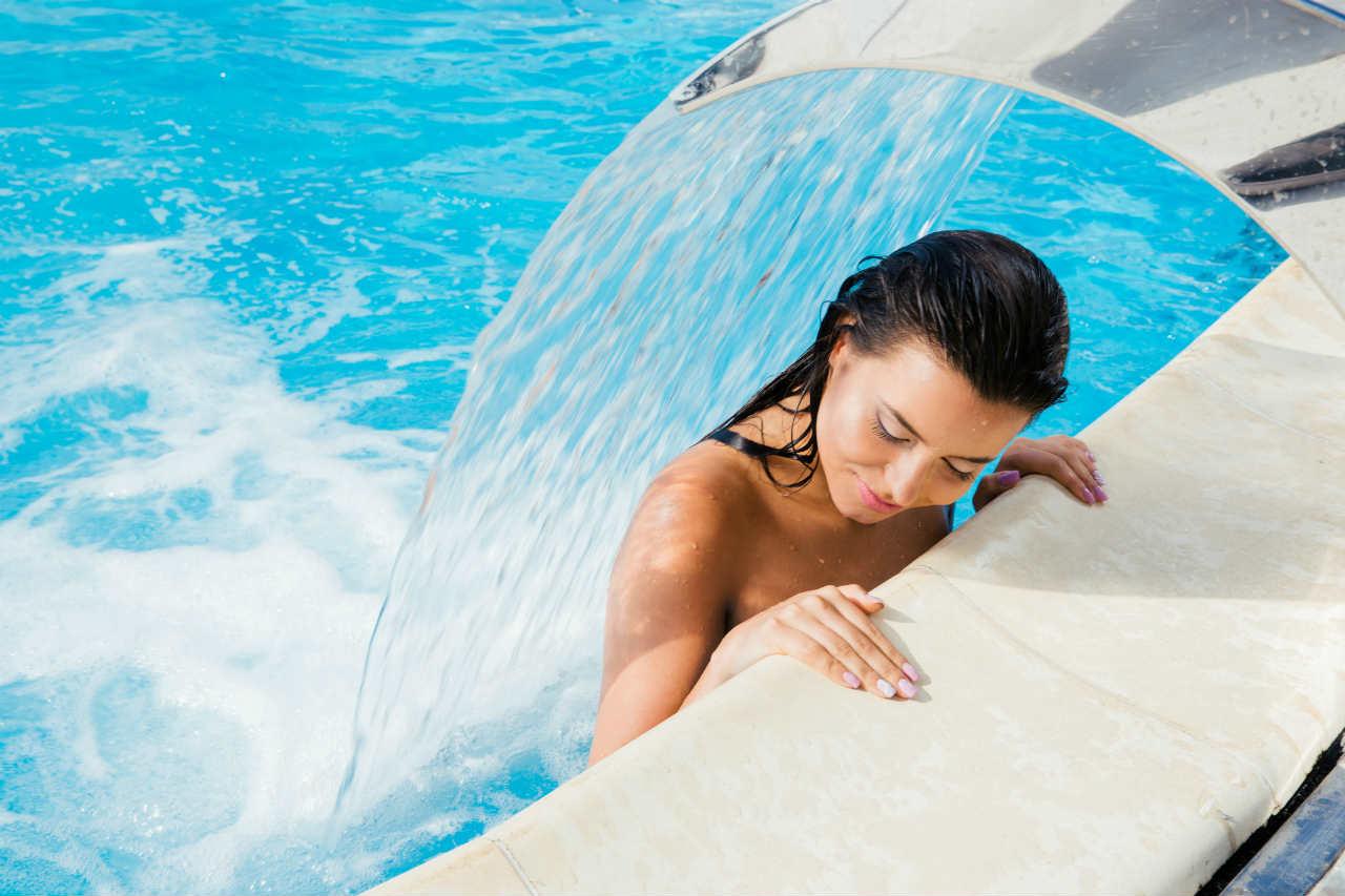 Akcesoria do basenów - kurtyna wodna
