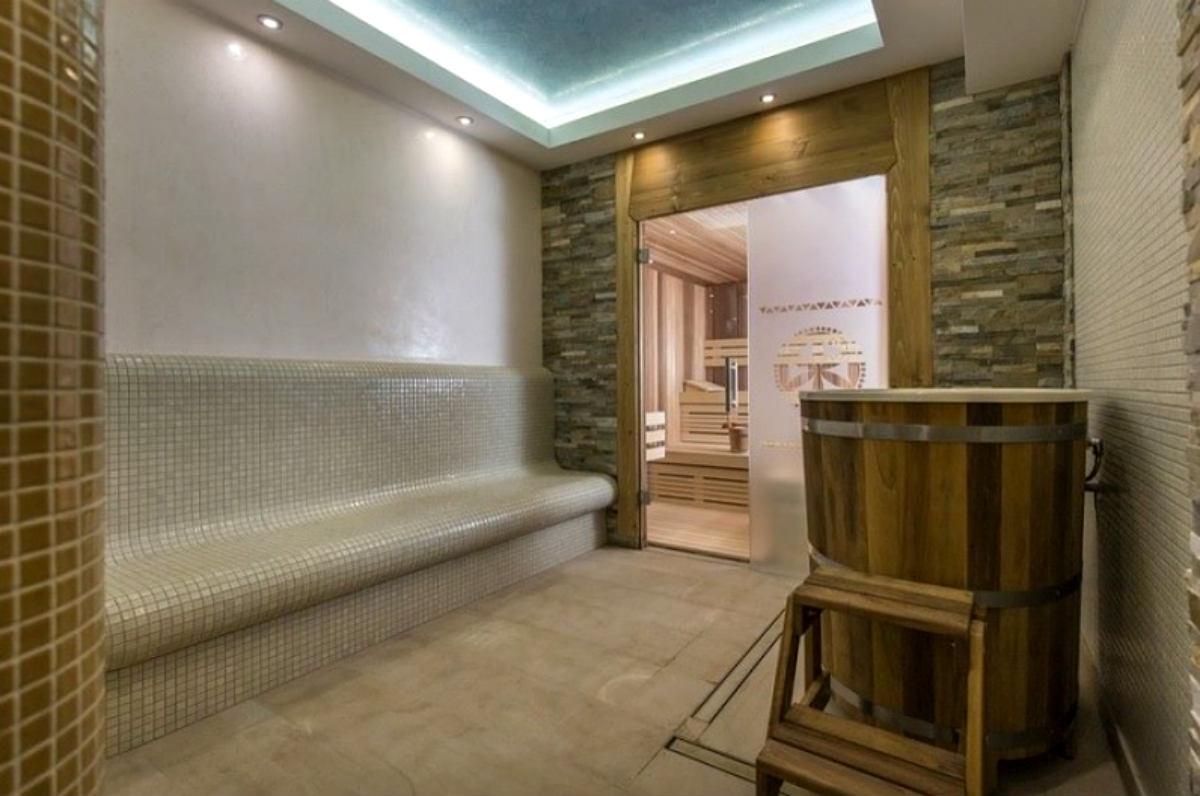 Łaźnia parowa, Golden Saunas obiekt komercyjny
