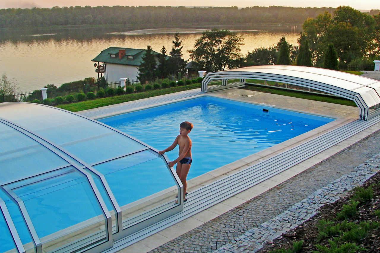 Alukov - zadaszenie basenu przydomowego