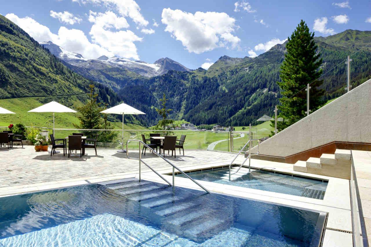 Basen ze stali nierdzewnej Berndorf - hotel w Austrii