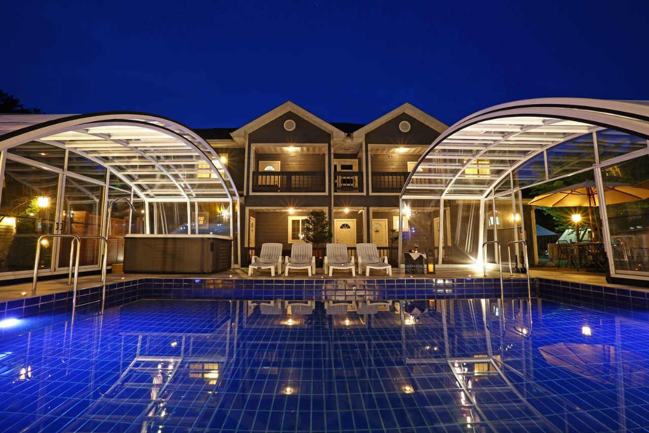 zadaszenie basenu dla hotelu kwater osrodkow