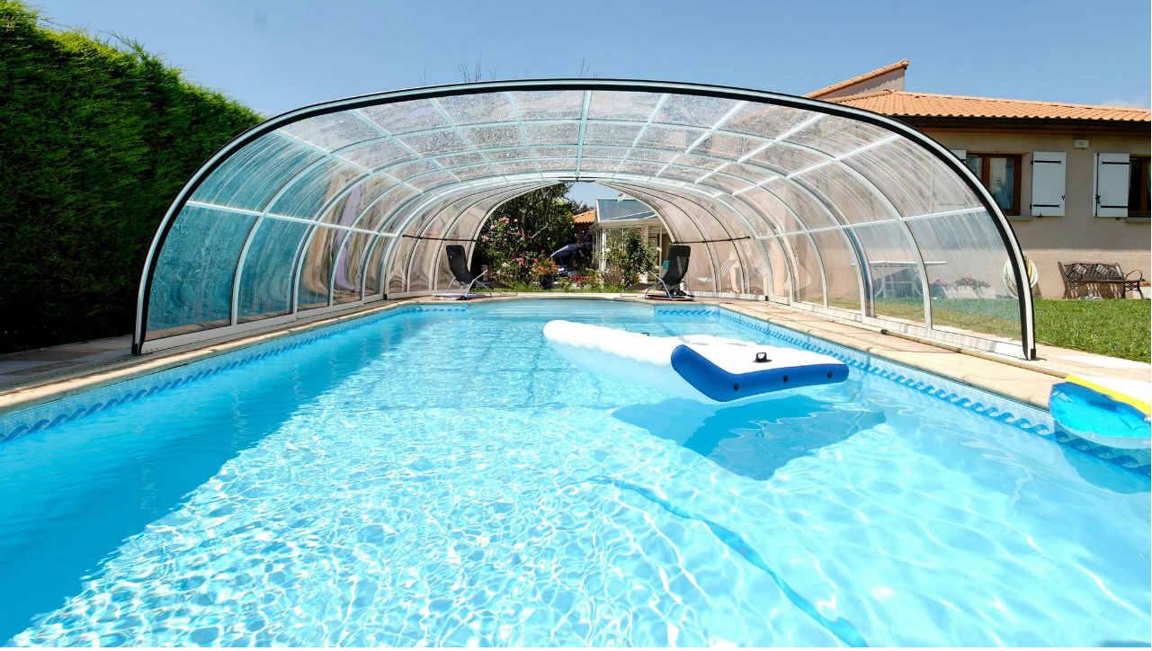 zadaszenie basenu przesuwane mobilne