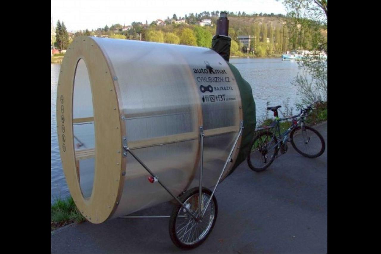 Przyczepka do roweru z sauną ciekawostki