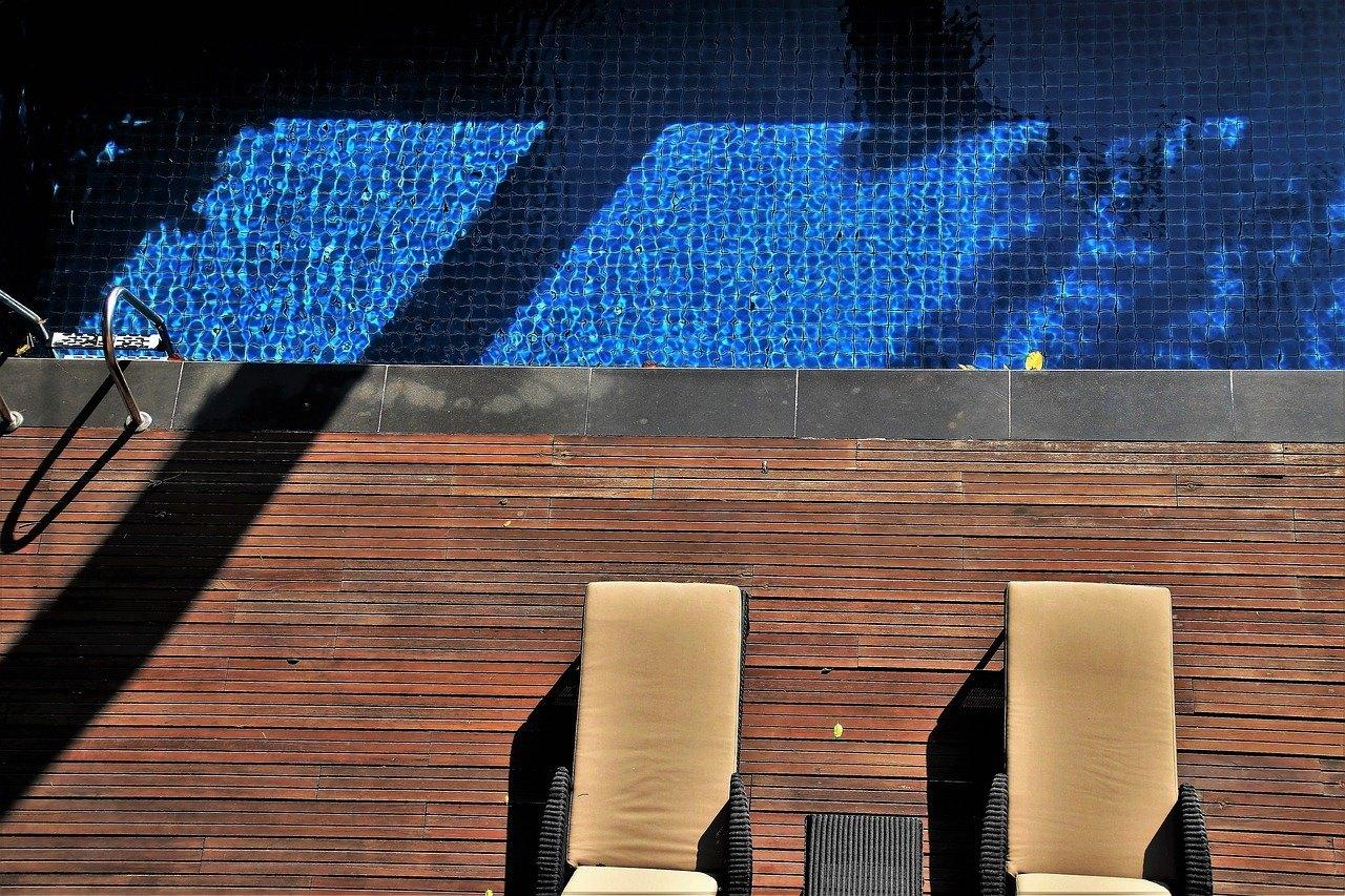 leżaki basenowe używane (1)