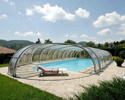Zadaszenia basenów – dlaczego warto i dlaczego Alukov